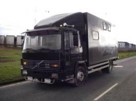 box truck Volvo FL 6 11 150 HK 4X2. 1989