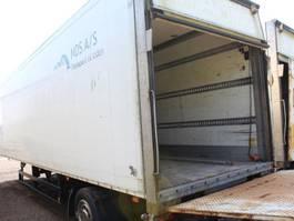 closed box semi trailer Schmitz Cargobull 1 aksl. city Trailer 2003