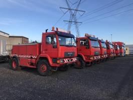 camion remorquage-récupération MAN 10-225 2004