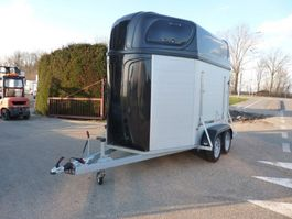 horse car trailer Hotra 2 paards
