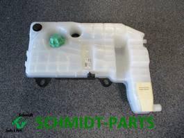 Cooling system truck part Iveco 41215631 Strails Koelvloeistofreservoir