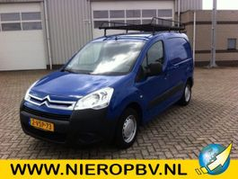 closed lcv Citroen Berlingo Airco 2012