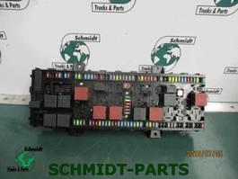 Electronics truck part Renault 7423006130 VMCU/FRC Regeleenheid