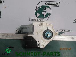 Electronics truck part Renault 4062947 Raammotor