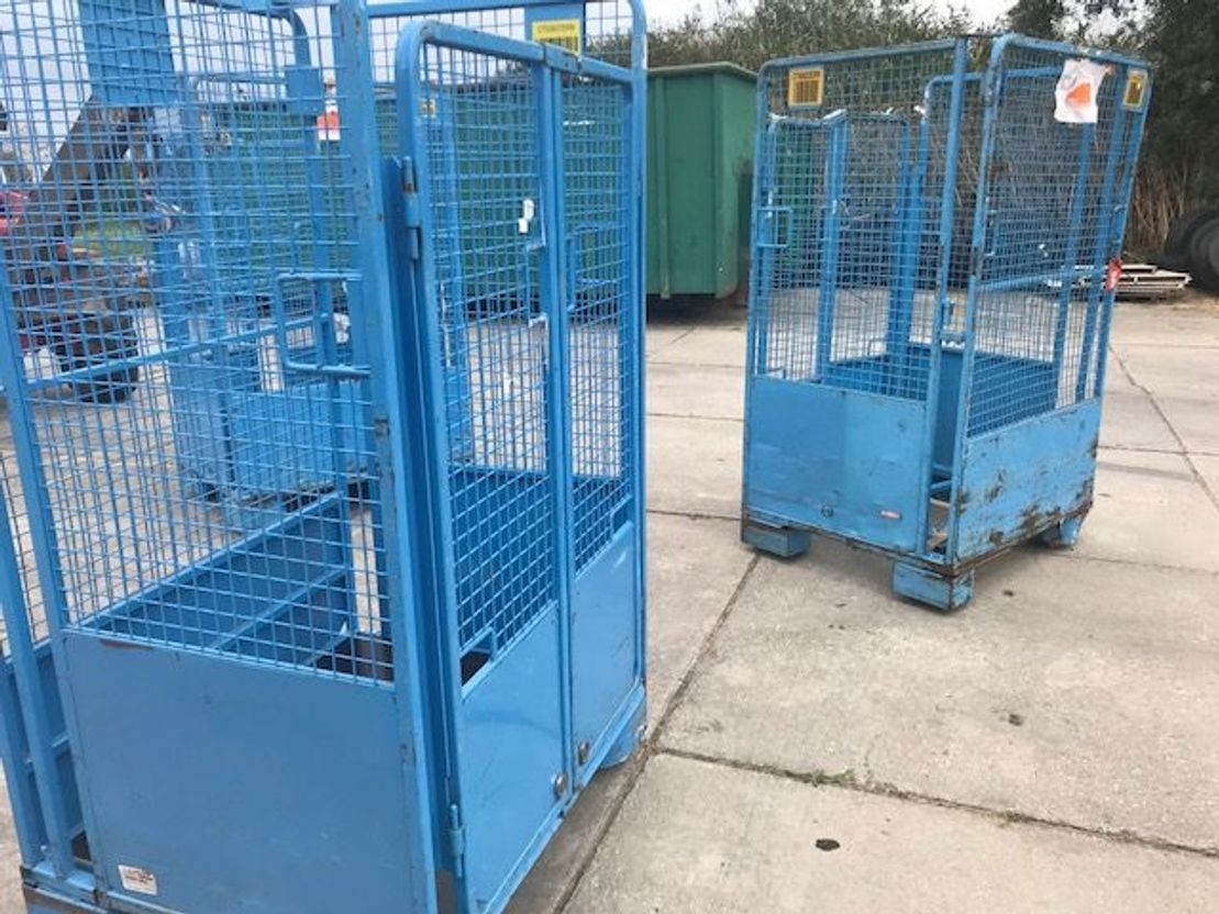 Container system truck part Diversen rolcontainer 2000