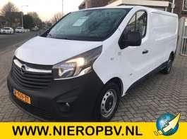 closed lcv Opel vivaro navi airco lengte 2 2017