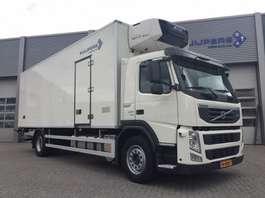 refrigerated truck Volvo FM 330 / Koelwagen / Carrier / Laadlift 2013