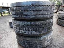 Tire set truck part Bridgestone lot van 8 diepladerbanden