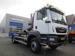 camión contenedor MAN TGM 18.250  4x4  Haaksysteem VDL S-14-5000  NIEUW !! 2019