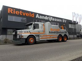 tow-recovery truck Scania T142 6x2 1988