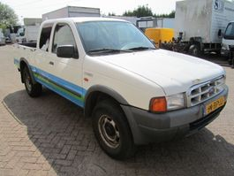 closed lcv Ford Ranger 2001