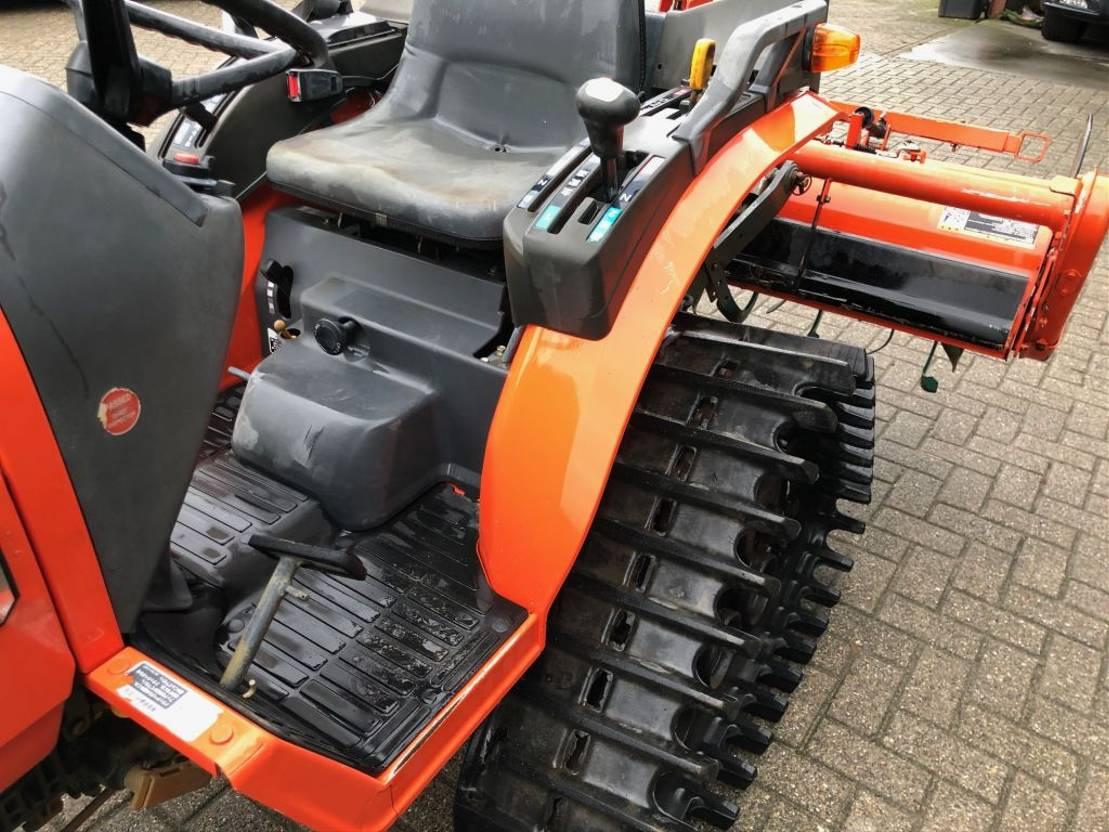 outras máquinas para silvicultura e tratamentos dos solos Kubota GB180 2010