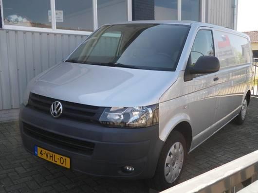 zavřené lehké užitkové vozidlo Volkswagen Transporter T 5 TDI 2010