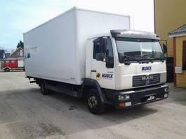 closed box truck > 7.5 t MAN L 140C Koffer Lift Manuel 2001