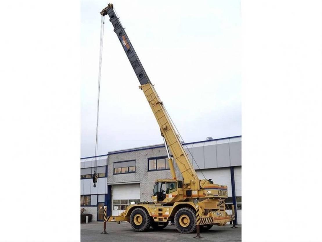 rough terrain crane Grove RT855B