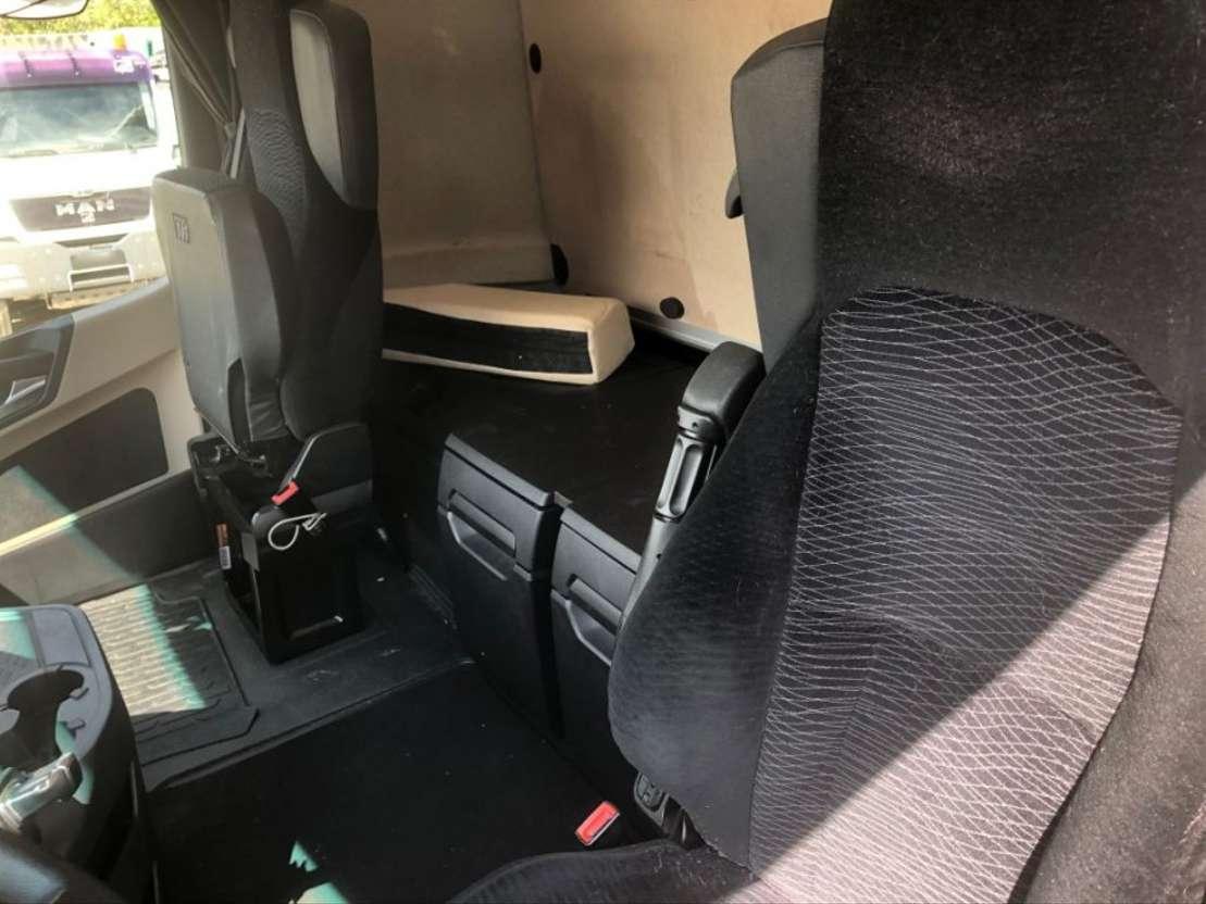 camión de caja móvil Mercedes Benz Actros 2542 L BDF 6x2 Retarder Euro6