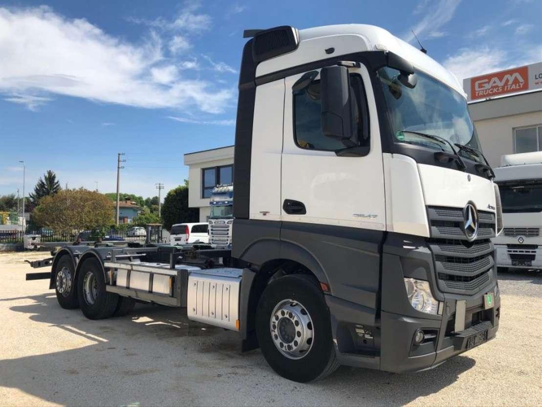 camião de caixa móvel Mercedes Benz Actros 2542 L BDF 6x2 Retarder Euro6