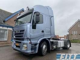 caminhão trator Iveco Stralis AS440S42T/P 554.500 KM 2012