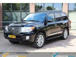 all-terrain - 4x4 passenger car Toyota Land Cruiser V8 4.5 D4D Executive Grijs kenteken v.a. 1030 euro  p/mnd 2015
