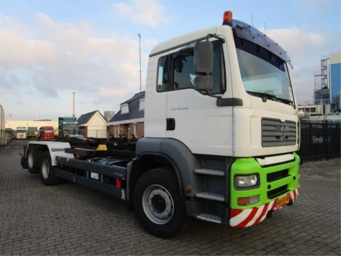 camion conteneur MAN 26-430 6x2 2005
