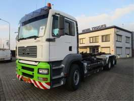 camion portacontainer MAN 26-430 6x2 2005