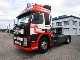 cabeza tractora Volvo FM-9-380 4X2 2002
