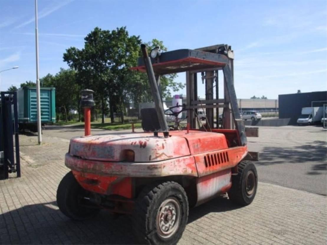 chariot élévateur Linde HEFTRUCK LINDE H.70.D 1988