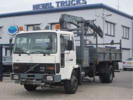 camion a cassone ribaltabile Volvo VOLVO FL6-14 4X2 KIPPER KRAAN 1989