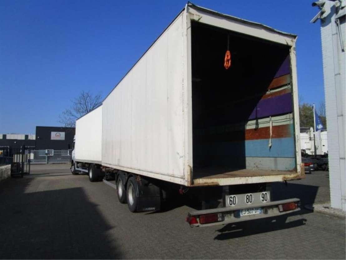 nákladní vozidlo s uzavřenou skříní Mercedes Benz 1833 LL 4X2 2003
