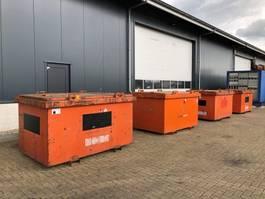 Generator Kiwa IBC Steenbergen 3000 liter Dieseltank met keuring 2003