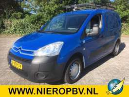 closed lcv Citroen BERLINGO airco 110000km 2012