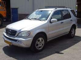 coche particular todoterreno 4 x 4 Mercedes Benz ML 270 CDI 4WD Xenon Leather Full Options 2003