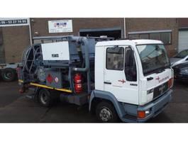 tank truck MAN 6.113 aircraft dispenser truck 1999