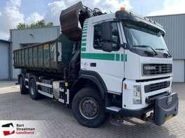 samochód do przewozu kontenerów Terberg FM1350 6x6 euro 5 haakarm met HMF Z-kraan 2008