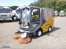 Saugwagen AP plied Sweeper Green machine 636 2009