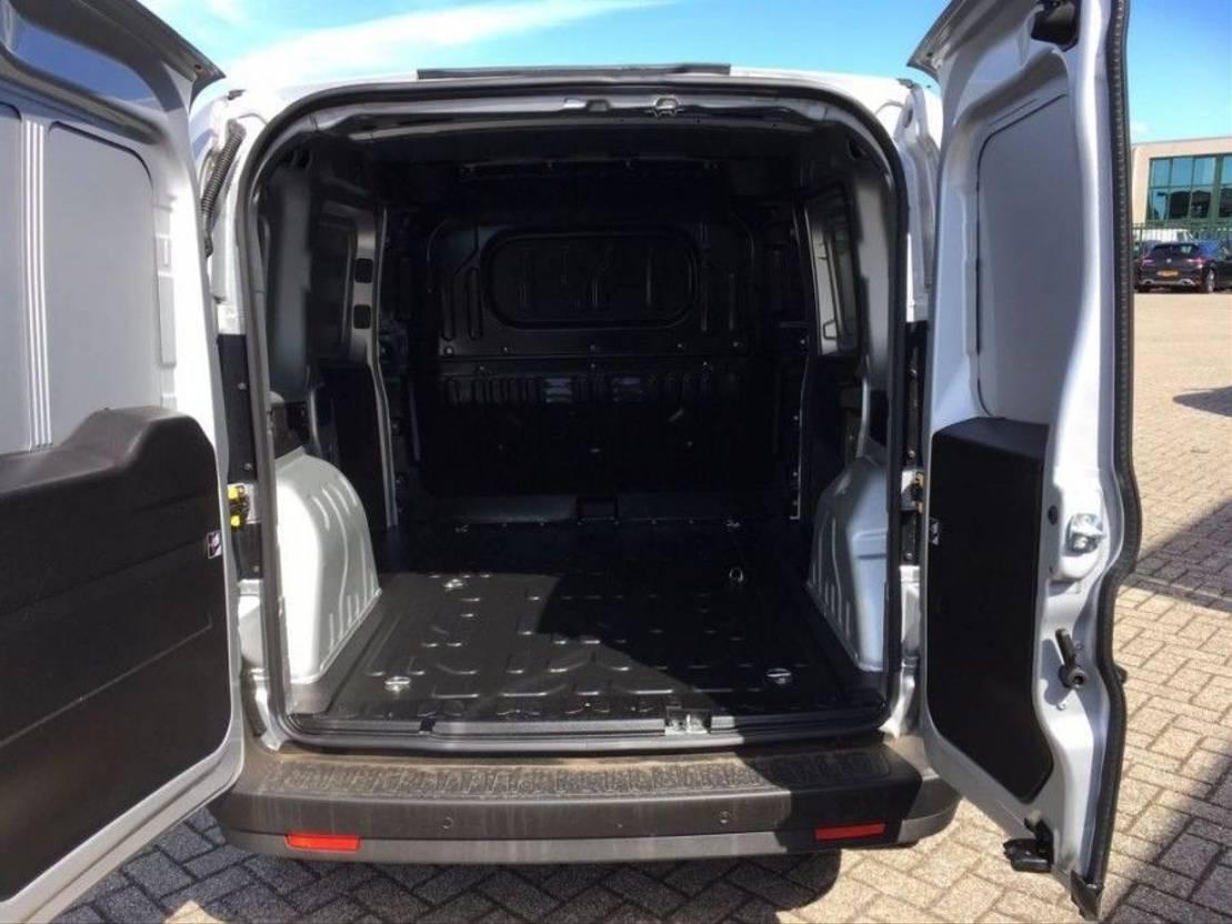 closed lcv Opel Combo Airco Navi L1H1 2014