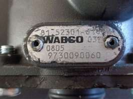 Load bearing axle truck part DIV WABCO TRAILER CONTROL VALVE