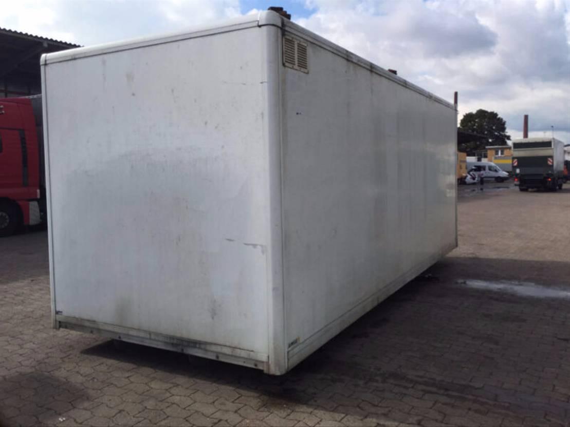 closed box truck > 7.5 t Mercedes Benz Kofferaufbau