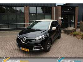 hatchback car Renault Captur 1.5 DCI  Dynamique CAPTUR 2015
