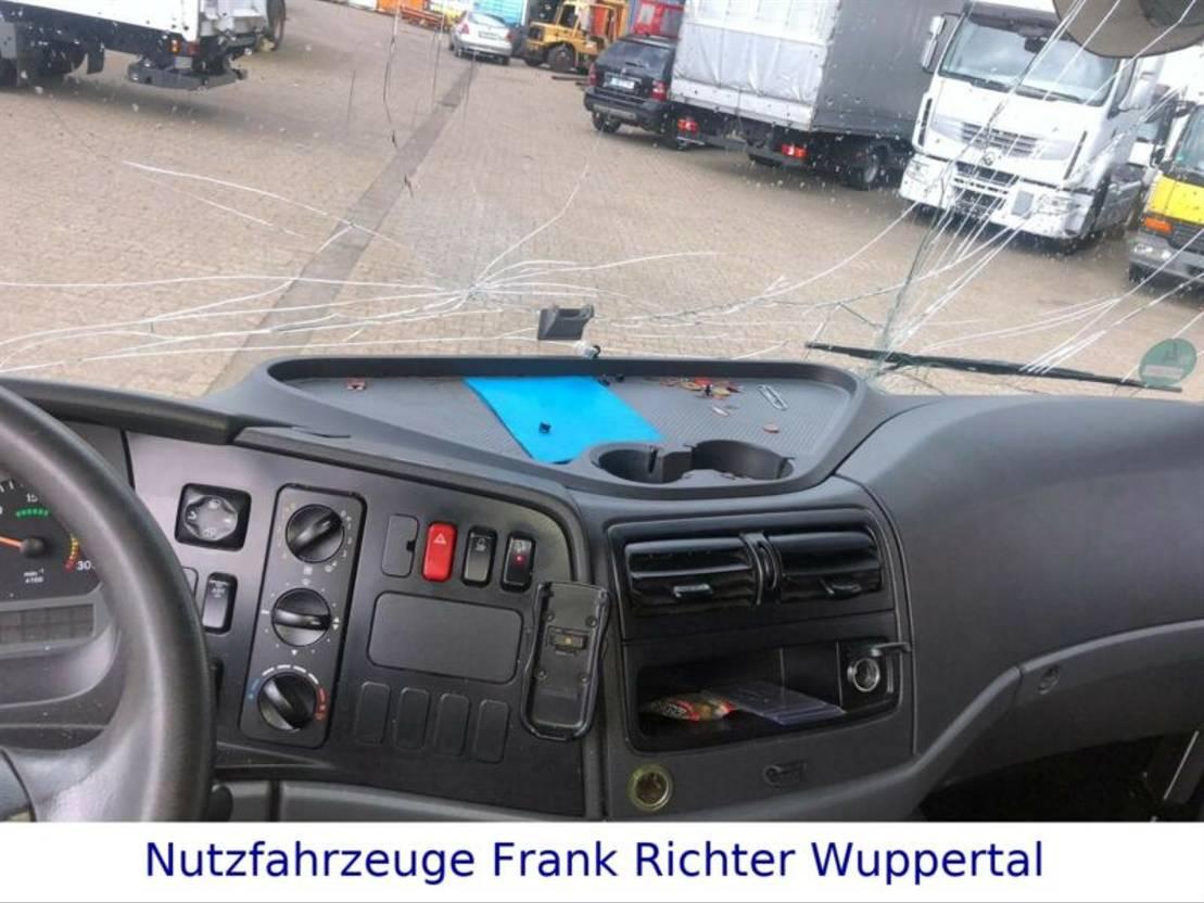 closed box truck > 7.5 t Mercedes Benz Atego 1224 Koffer LBW, Motorschaden 2008