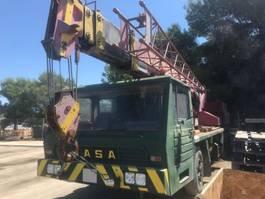 Kranwagen Asia Grua Iasa 26 metros