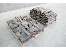 chassis equipment part Caterpillar Trackshoes 345D 2020