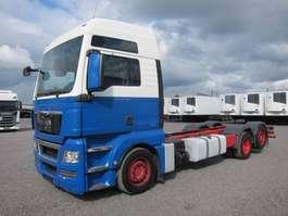 nákladní vozidlo s podvozkem s kabinou MAN 26.440 FLLC 6X2/4 TGX XXL Intarder Euro 5 EEV 2010
