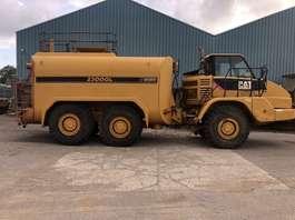 camión volquete de rueda Caterpillar 725 2007