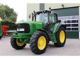 farm tractor John Deere 6520AQ 2004