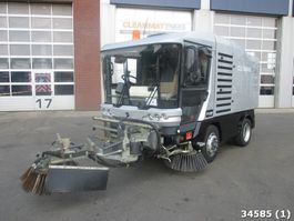 Road sweeper truck Ravo 540 ST Euro 5 with 3-rd brush 2014
