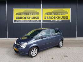 mpv car Opel Meriva 1.6-16V Temptation 2007