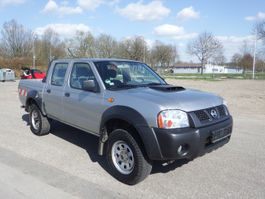 other trucks Nissan Navara NP300 2.5 D 4x4 2009