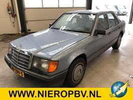 sedan car Mercedes Benz 124type 230 E 124 1985