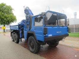 autocarro militare MAN KAT  7T  MIL GLW 6x6 kipper/ crane 1982